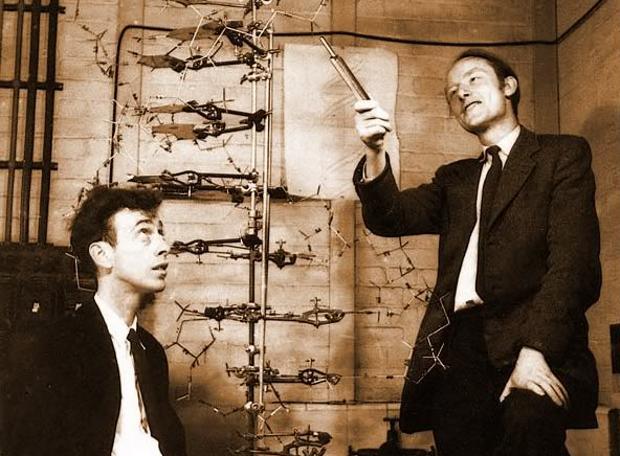 Οι βιολόγοι Φράνσις Κρικ και Τζέιμς Γουότσον