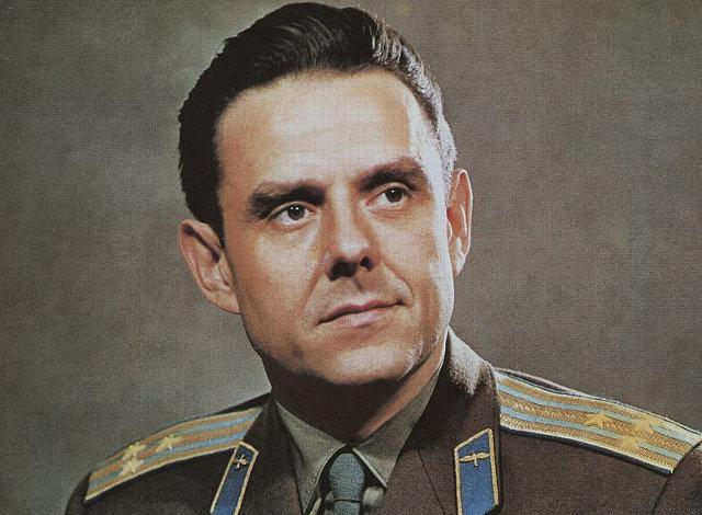 Βλαντίμιρ Κομαρόφ