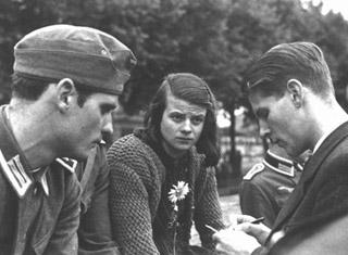 Ο Χανς Σολ, η αδελφή του Σόφι και ο Κ. Προμπστ