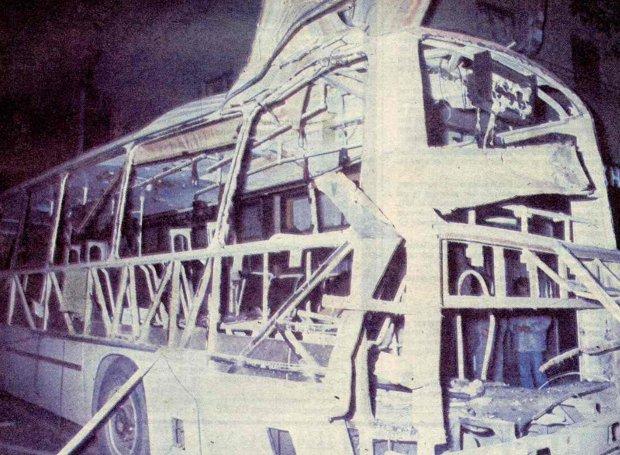 Το λεωφορείο λίγο μετά την έκρηξη