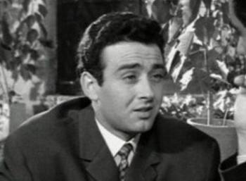 Πέθανε ο ηθοποιός Ανδρέας Ντούζος
