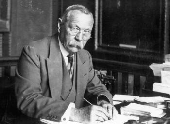Άρθουρ Κόναν Ντόιλ (1859 – 1930)