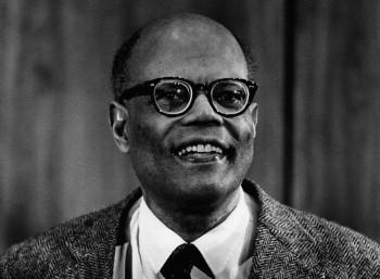 Άρθουρ Λιούις (1915 – 1991)
