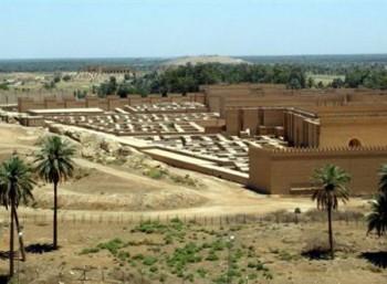 Οι κρεμαστοί κήποι δεν ήταν στη Βαβυλώνα, λέει βρετανίδα ιστορικός