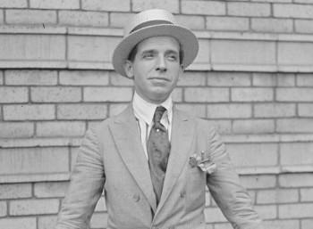 Τσαρλς Πόνζι (1882 – 1949)