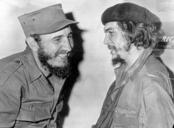 Ο Τσε Γκεβάρα με τον Φιντέλ Κάστρο το 1959