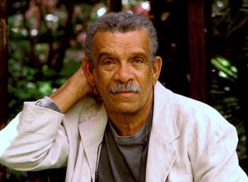 Ντέρεκ Γουόλκοτ (1930 – 2017)