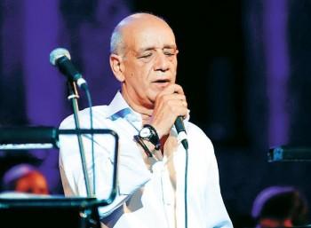 Δημήτρης Μητροπάνος (1948 – 2012)