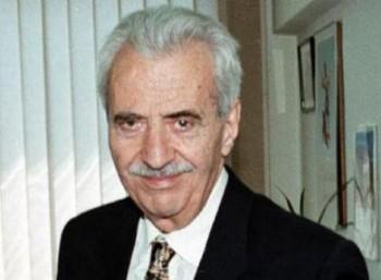 Δημήτριος Μπέης (1928 – 2012)