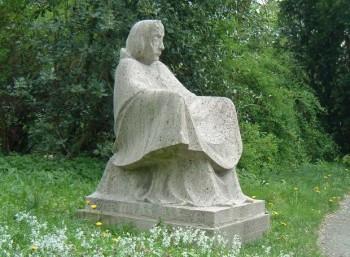 Αγαλμα της Μάνας Γης στη Γερμανία