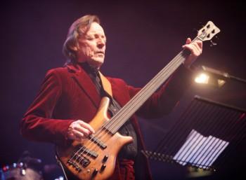 Τζακ Μπρους (1943 – 2014)