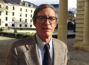 Τζον Ρόουλς (1921 – 2002)