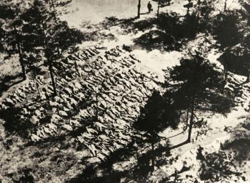 Ομαδικοί τάφοι πολωνών αξιωματικών στο Κατίν