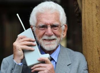 Η ιστορία της κινητής τηλεφωνίας