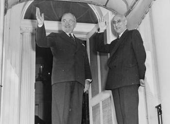 Η CIA παραδέχεται ότι ανέτρεψε το 1953 τον πρωθυπουργό του Ιράν, Μοχάμεντ Μοσαντέχ