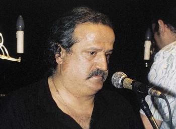 Μπάμπης Γκολές (1947 – 2015)