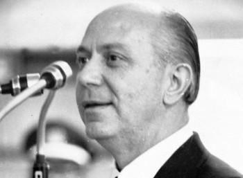 Νικόλαος Μακαρέζος (1919 – 2009)