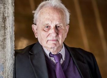 Ρολφ Χόχουτ (1931 – 2020)