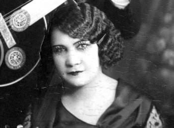 Ρόζα Εσκενάζυ (1890 – 1980)