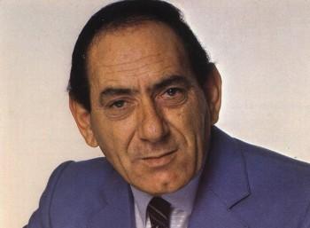Στράτος Διονυσίου (1935 – 1990)