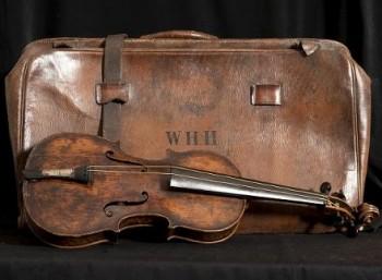 Αποκαλύφθηκε το βιολί του «Τιτανικού»
