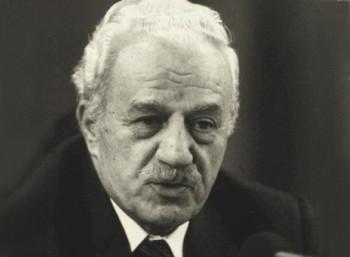 Χαρίλαος Φλωράκης (1914 – 2005)
