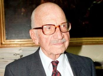 Ξενοφών Ζολώτας (1904 – 2004)