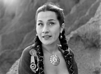 Ίμα Σουμάκ (1924 – 2008)